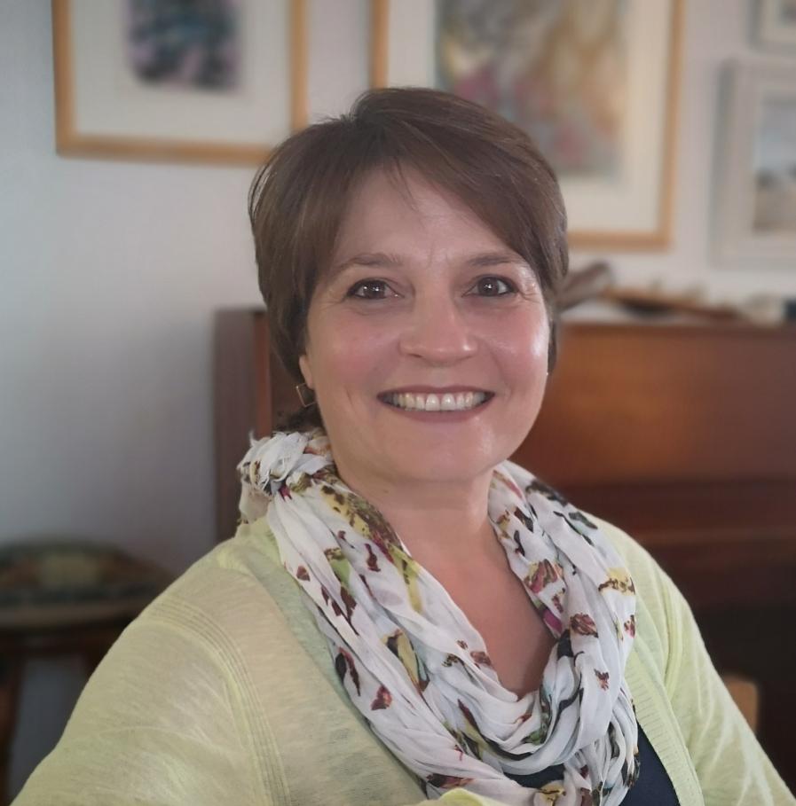 Monique Marais